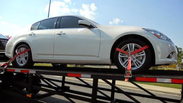 轿车托运车主的私人物品如何放置,轿车托运过程中损坏如何理赔?